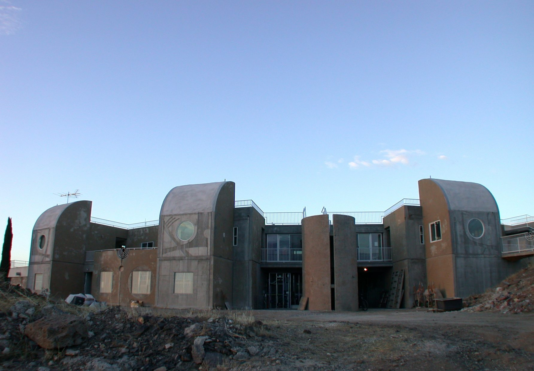 East Crescent building at Arcosanti