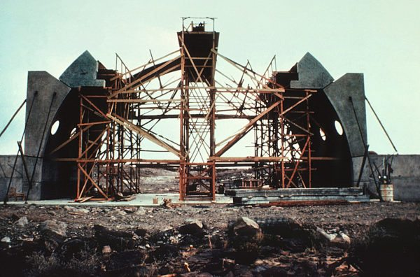 constructing vaulted roof at Arcosanti